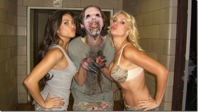 Zombie Strippers (5)