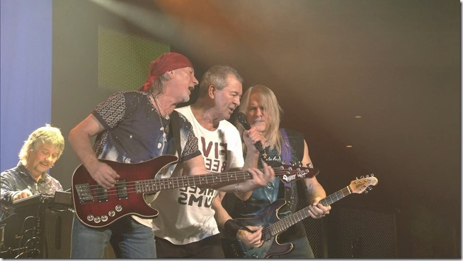 Deep Purple ...To the rising Sun In Tokyo (3)