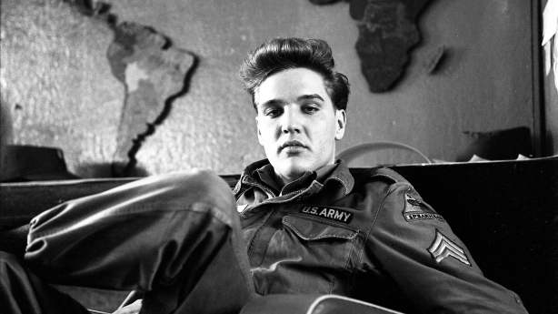 Elvis Presley - The Searcher (2)