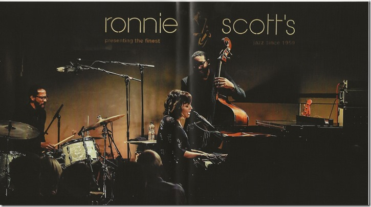 Norah Jones - Live At Ronnie Scott's - Inlay